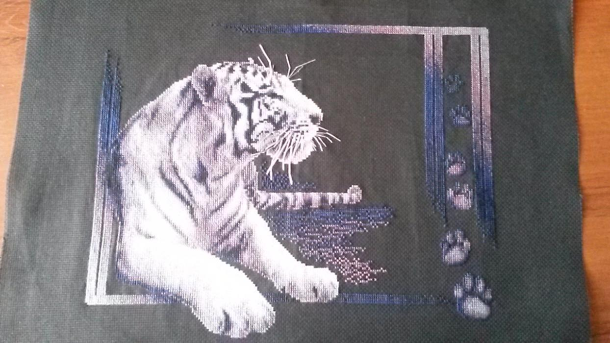 картинка схема вышивки белый тигр